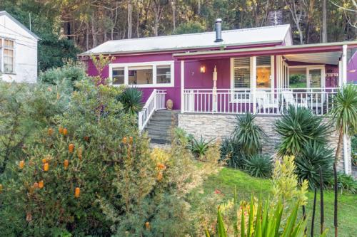 hyams-beach-holiday-rental-airbnb