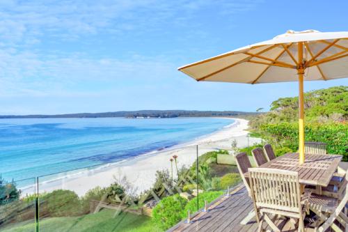 hyams-beach-house-luxury-accommodation-holiday